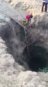 @Aguamarketinforma: Esto no es en África, es en algún lugar en Colombia !!!!