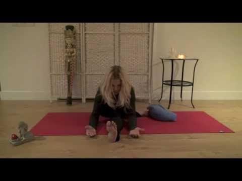 Esti elengedés, mély ellazulást segítõ Yin jóga - YouTube
