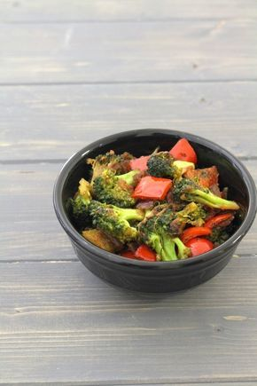 Broccoli sabzi recipe – healthy yet delicious sabzi made from broccoli, capsicum and onion. It is nothing but making broccoli recipe Indian style.