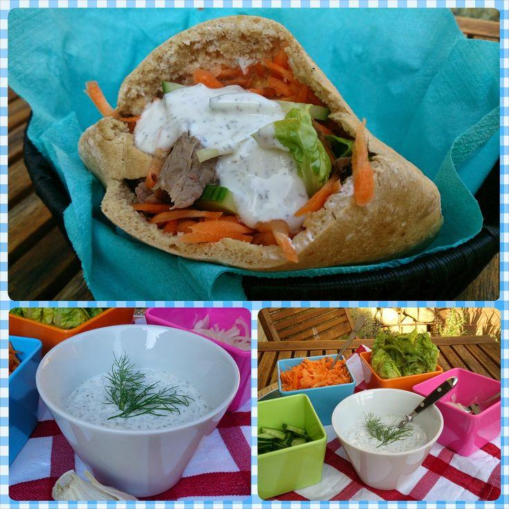 Saras madunivers: Pitabrød med grillet flanksteak, grønt og hvidløgs...