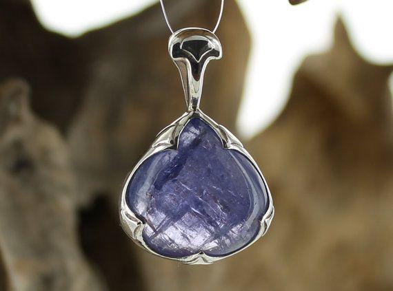 Tanzanite Silver Pendant. Natural Stone. Gemstone Pendant. Tanzanite Cabochon. Tanzanite necklace. Blue Tanzanite pendant.