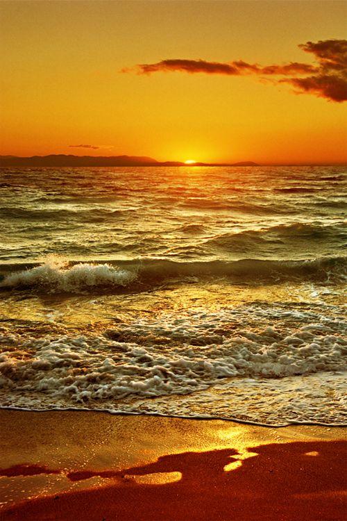 Sunset at the beach.... <3