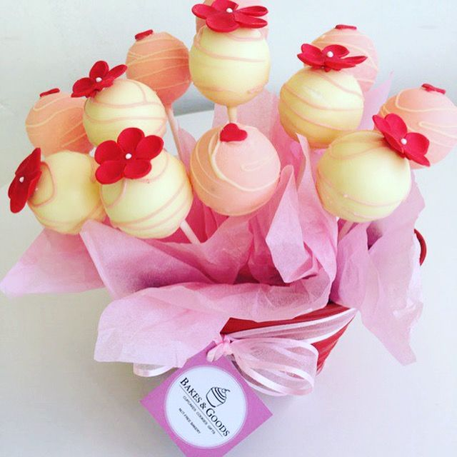 Happy Valentine's Day. Order Cake pop bouquet from http://www.ejoycity.ca