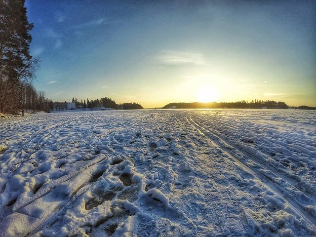 Hiihtämään.   #europe  #instafinland  #järvenpää  #travel  #alltags_member  #traveling  #loves_finland  #finnishboy  #finland_photolovers  #landscape_lovers  #finland4seasons  #travelphotography  #instatravel  #finland_frames  #igscglobal  #fotofanatics_nature_  #thisisfinland  #discoverfinland  #igscandinavia  #ig_week_finland  #Loves_United_Finland  #fotofanatics_alltags_  #finnishmoments  #lovelyfinland  #thebestoffinland  #nature  #visitfinland  #unlimitedscandinavia  #beautyofsuomi…