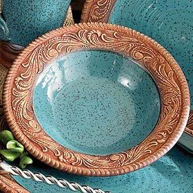 I'm inspired by this to create mica clay bowls with incised rims, with a soft celadon glaze inside.