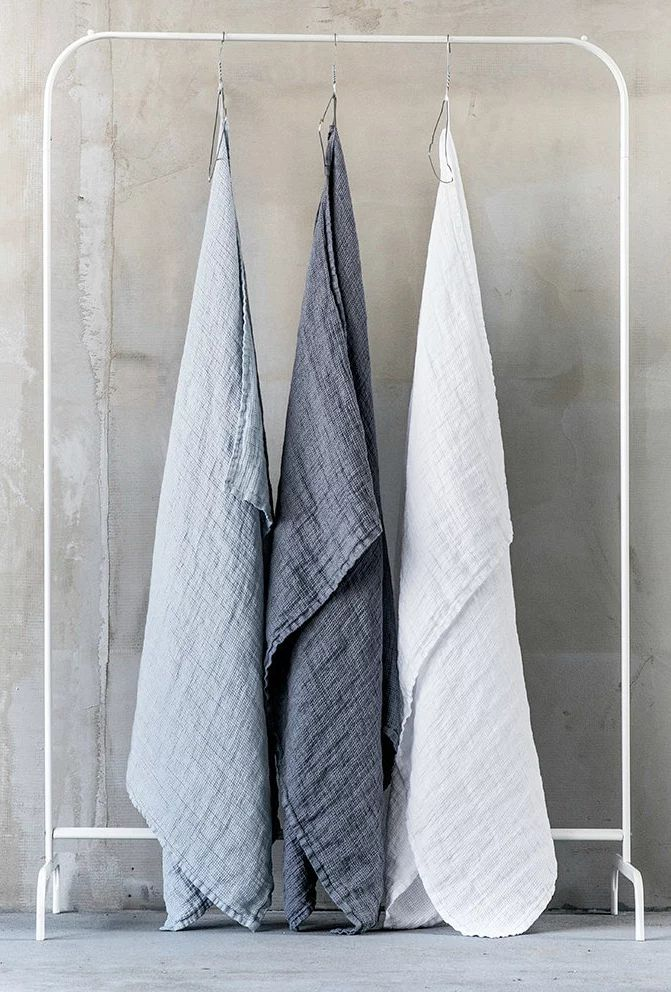 Etsy Gift Guide: Pure Linen Towels @serenebohemian