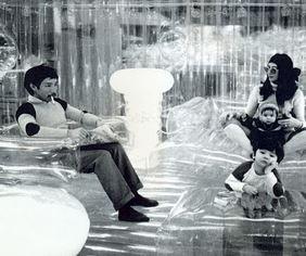 17 best images about zanotta quasar khanh on pinterest. Black Bedroom Furniture Sets. Home Design Ideas