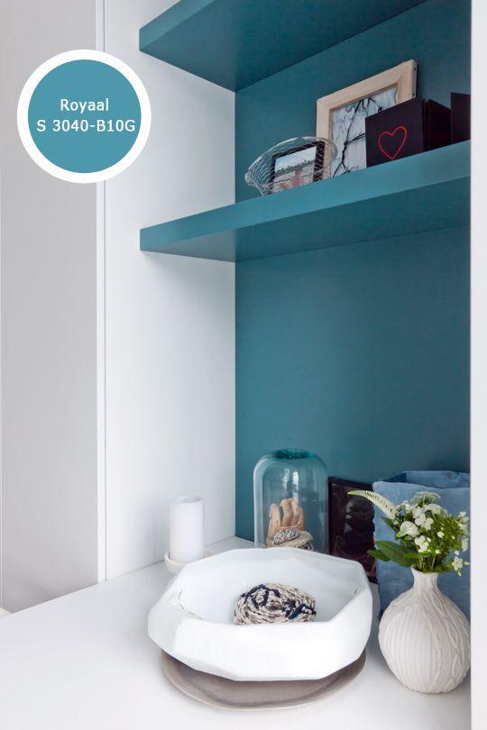 Nissen en kleine muurtjes lenen zich prima voor een uitgesproken kleur, je kunt er je persoonlijkheid mee benadrukken.