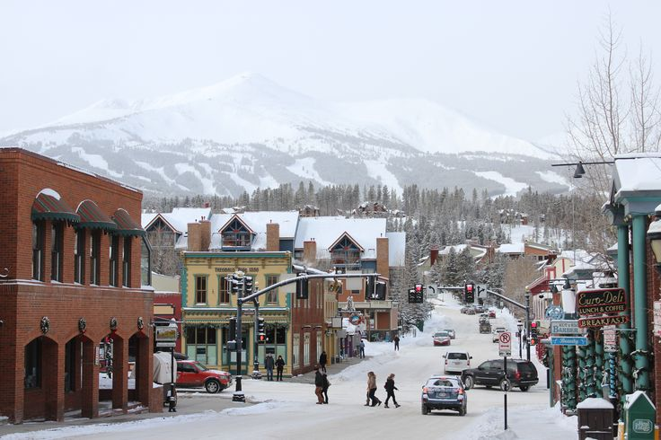 Holiday snowfall in Breckenridge. Photo credit: Jessie Unruh/GoBreck