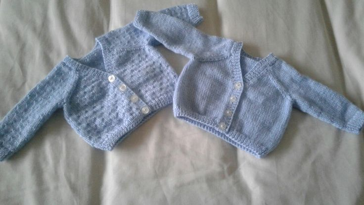 Sirdar early arrivals book 348. Design E in 4 ply for Jake and Adam. Knitted with seed stitch pattern so they are different for the boys.