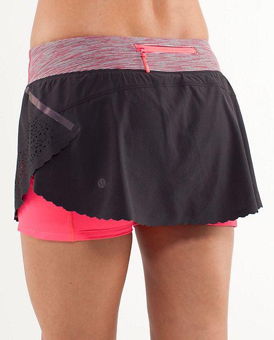Lululemon Running Skirt... equipped with secret back pocket, side ventilation!