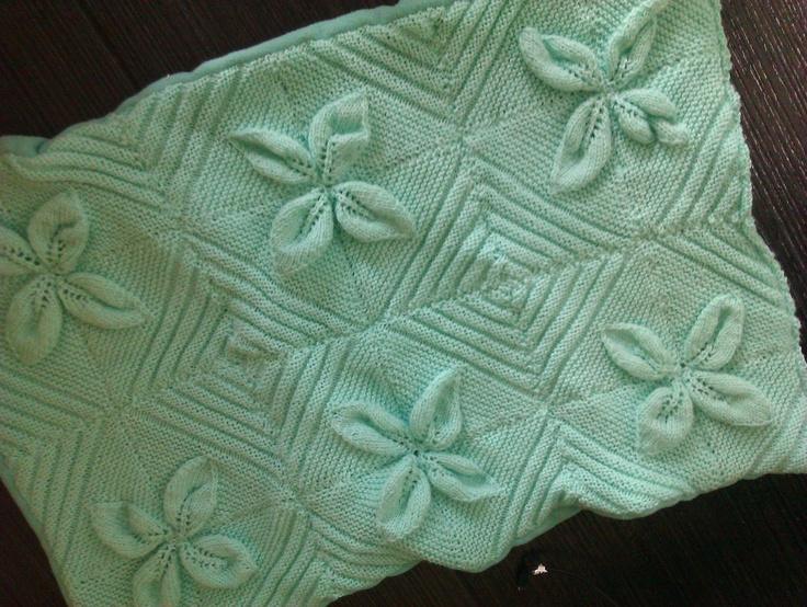 Knitting Pattern For Blanket For Dolls Pram : 1000+ images about pram sets on Pinterest Prams, Dolls ...
