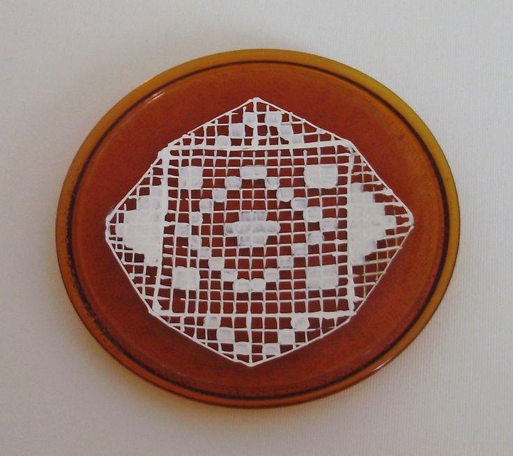 Pictura pe farfurii de sticla cu motive populare, handmade.
