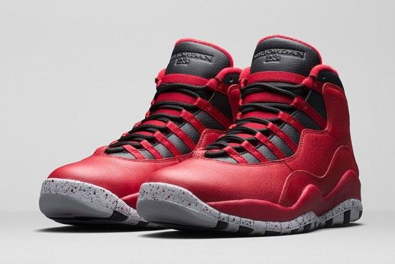 Fresh for Valentine's Day, all-star weekend and the 30th Anniversary of Jordan Brand. The Air Jordan 10 'Gym Red' aka 'Bulls Over Broadway' dropped today.