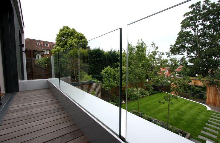 #framelessglass balustrade to a first floor balcony to the rear of residential #extension www.iqglassuk.com