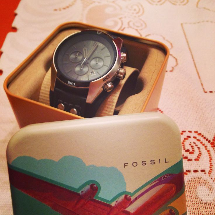 Fossil CH-2586