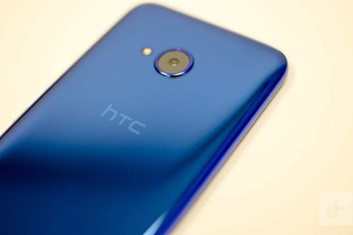 HTC announces U.S. layoffs as smartphone and VR divisions merge (Christian de Looper/Digital Trends)  Dropbox Inc. S-1 SEC filing for IPO  This is an initial public offering of shares of Class A common stock of Dropbox Inc. Dropbox Inc. is offering to sell shares of Class A common stock in this offering. The selling stockholders identified in this prospectus are offering to sell an additional shares of Class A common stock.Source : Techmeme