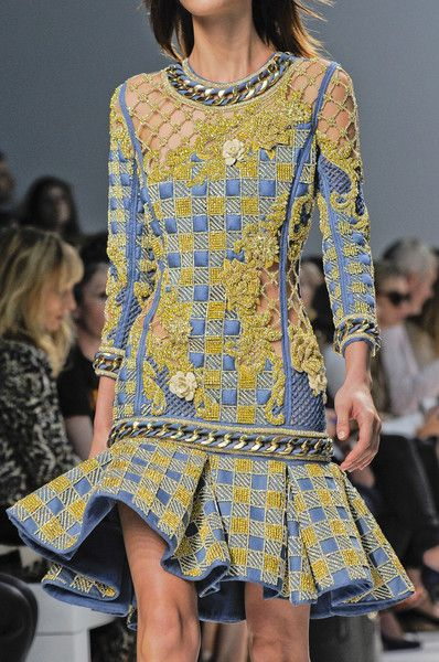 Balmain Spring 2014 - Details blue and gold quilted dress with trumpet skirt and gold details
