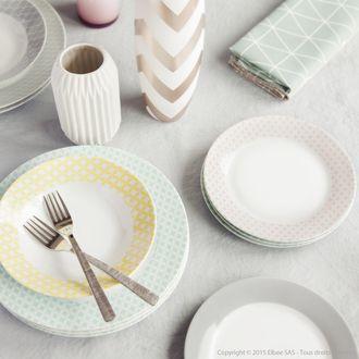 Assiettes plates en porcelaine motif scandinave D. 27cm LOT DE 6 SKOMI…