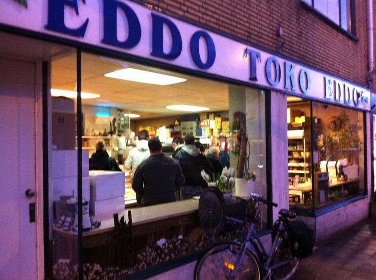 toko Eddo, Voorburg The Netherlands For the best chicken cashew you have ever tasted! A must visiting the Netherlands!