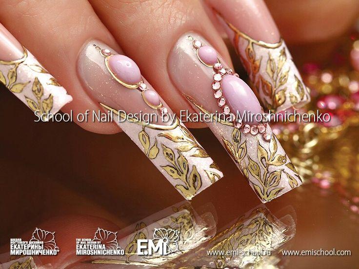 Ekaterina Miroshnichenko nails liquid stone