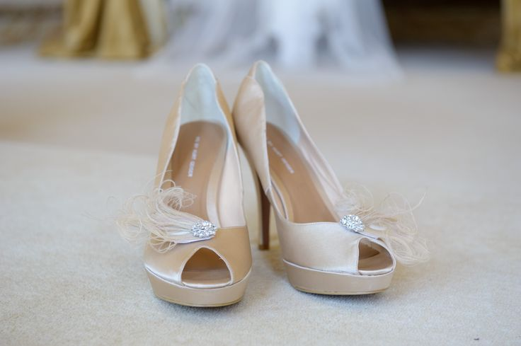 Kurt Geiger champagne peep toe heels with champagne feather and rhinestone shoe clips from prettypinkytoes.co.uk- My gorgeous Essex country manor wedding (champagne gold, ivory and dusky pink colour scheme)