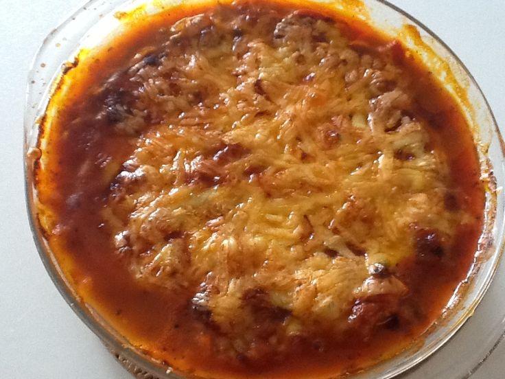 Ik volg meerdere blogs die over koken en eten gaan. Ik kwam op meerdere blogs het recept tegen van wat ik ook heb gemaakt! Een lasagne met ...