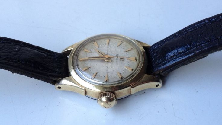 ON AUCTION ON WEDNESDAY 28 FEBRUARY FROM 8pm...........LADIES VINTAGE OMEGA Cal. 252 MANUAL WIND SWISS MADE 17 JEWELS GOLD PLATED WATCH