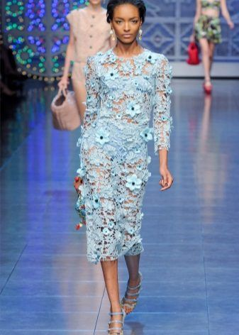 Голубое ажурное платье (вязание крючком)