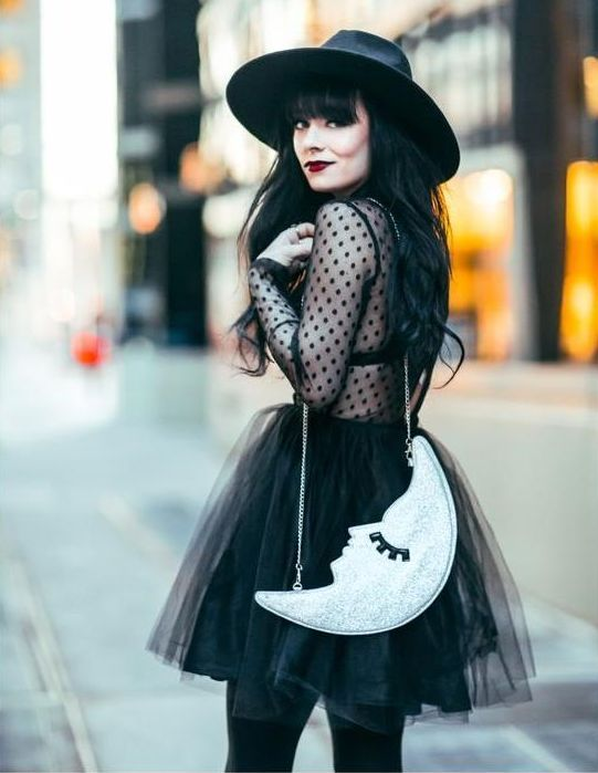 gothic fashion strega dark mori