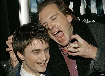 ralph fiennes as voldemort | Actor De Voldemort Y Hellboy - Taringa!