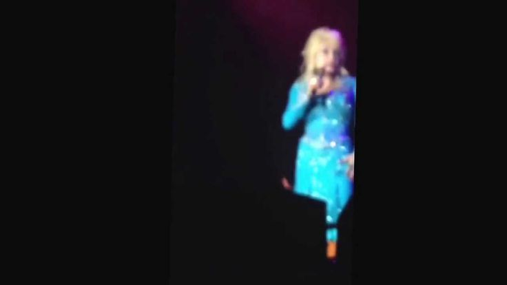 Dolly Parton - Here You Come Again Live in Tamworth NSW for Blue Smoke T...
