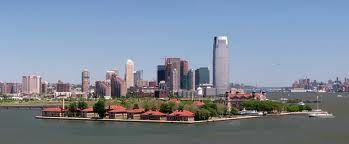Ellis Island y su papel en la historia de los inmigrantes en Estados Unidos: Uno de cada tres estadounidenses es descendiente de un inmigrante procesado a través de Ellis Island.