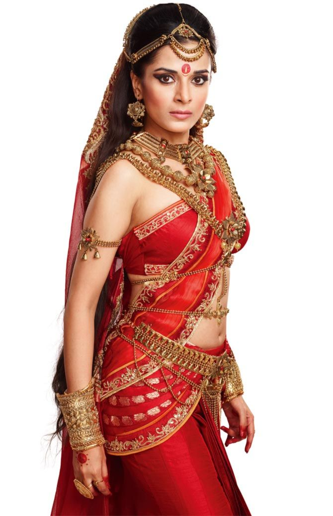Pooja Sharma as Draupadi- heavy ornamentation