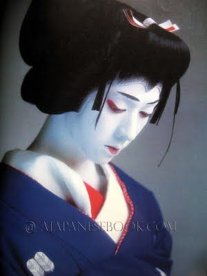 Kabuki Actor Tamasaburo Bando, would be designated a Living National Treasure of Japan on 2012.Jul.20. /女形 坂東玉三郎 人間国宝に答申 #japan #kabuki