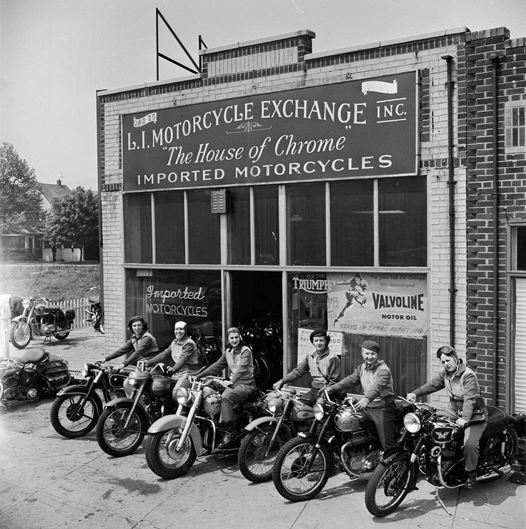 The Motor Maids of America outside the shop they used as their headquarters, 1950. Shoreline Harley Davidson www.shorelinehd.com