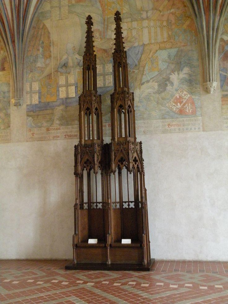 thrones in Malbork castle