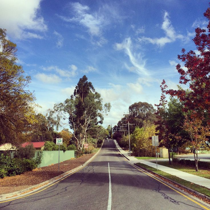 But life goes on (Hahndorf - Adelaide, South Australia)