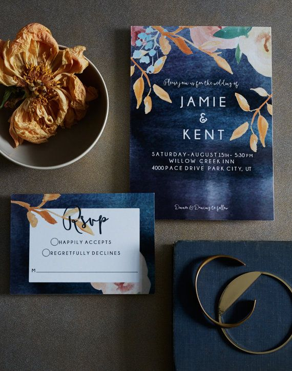 Seriously love - Midnight Floral Watercolor Invitation Set von Honeyhuepaperco