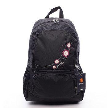 #Diviley Mandy Černý batoh Diviley s prostornými kapsami na zip a potiskem kytiček v růžové barvě, které jsou krásným a jedinečným detailem. Batoh má vyztužená záda, nastavitelné polstrované popruhy a několik kapes. Dopřejte si kvalitní a pohodlný batoh nejen pro vaše tůry.