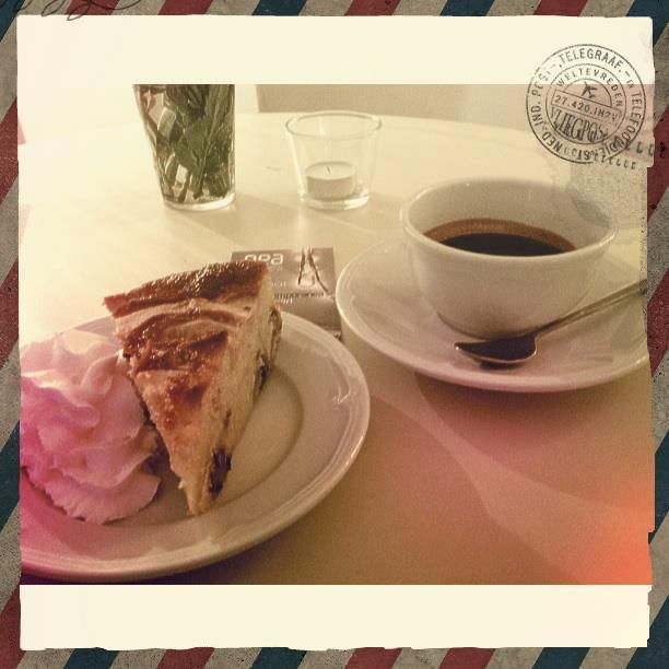 coffee and pie