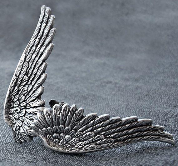Gothic Angel Wing Earrings Silver wings Clip On by Aranwen on Etsy, €28.00