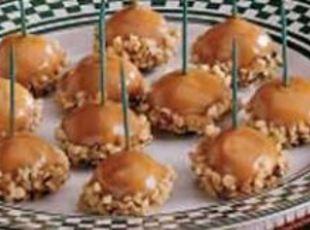 Caramel Apple Bites: Minis Caramel Apples, Caramel Apples Bites, Idea, Recipe, Caramel Apple Bites, Fall Treats, Carmel Apples, Candy Apples Bites, Sweet Bites