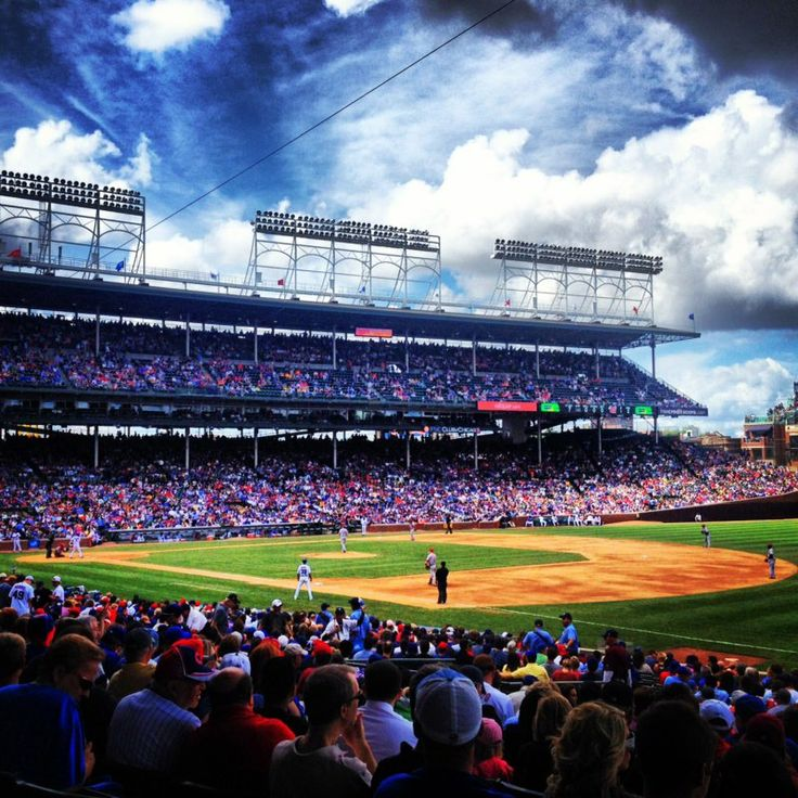 25 Best Ideas About Chicago Cubs Baseball On Pinterest: Best 25+ Wrigley Field Ideas On Pinterest