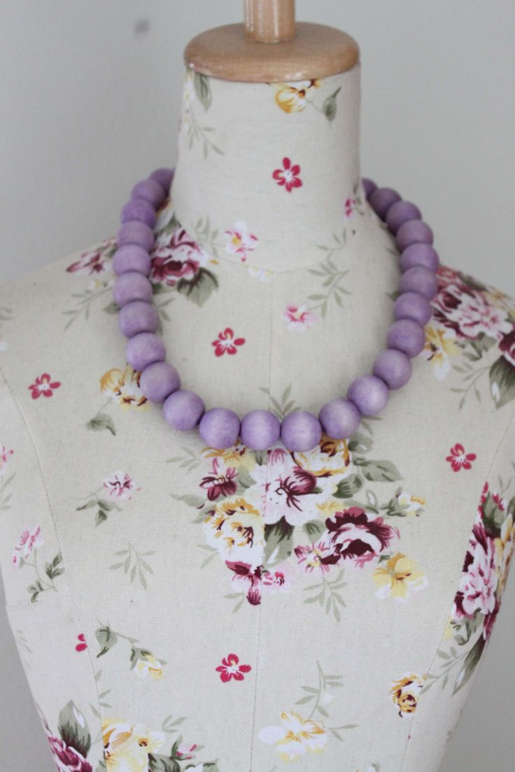 nice Wooden bead necklace