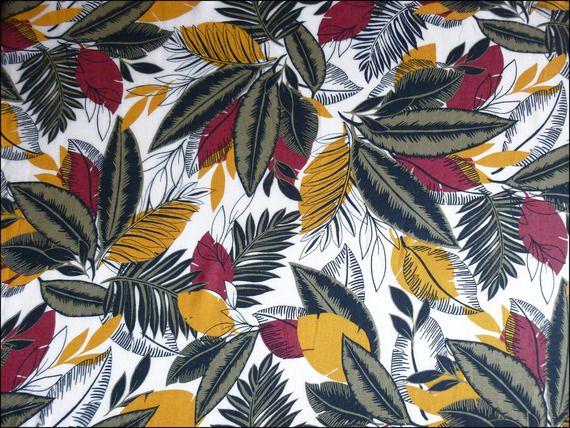 Tissu au mètre viscose motifs jungle feuilles