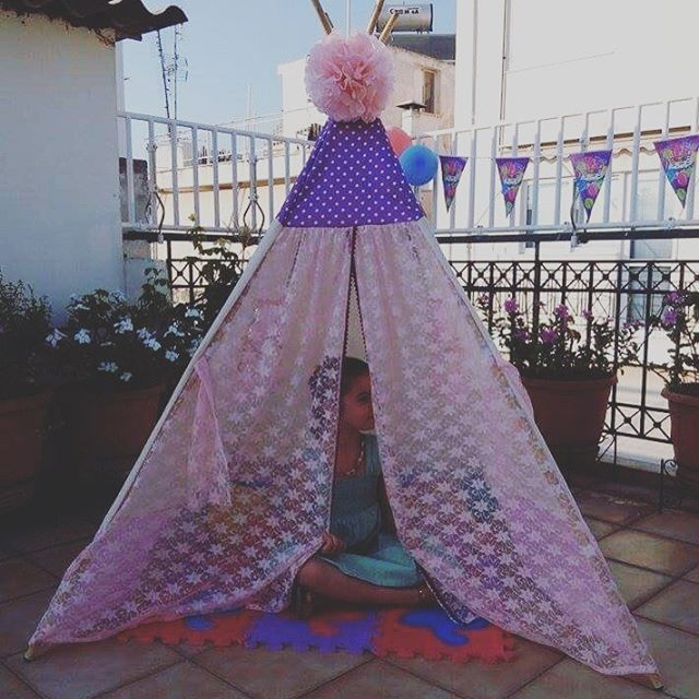 #birthdaygift🎁for sweet Katerina.  A #teepeelicious #teepee for the #birthdaygirl 🎉🎈🎂🍰 #pink #lace #dots #giftideas #happygirl #romantic #vintage #boho #tipi #teepeelovers #glamping #handmade #customade #pompom