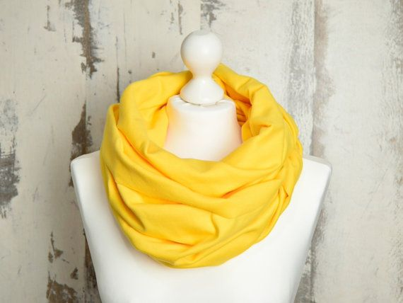 #AtelierWhiteMouse #scarf #RawEdgesScarf #VioletScarf #InfinityScarf #SpringSnood #WarmScarf #WinterScarf #CircleScarf #DoubleLoop #snood