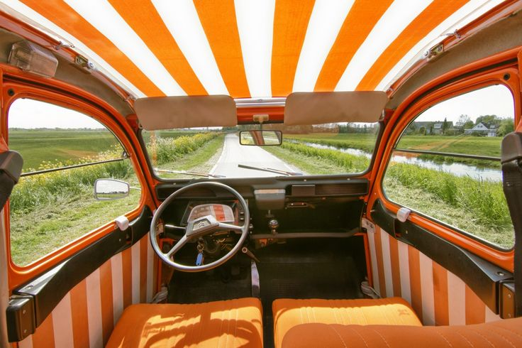 1976 2cv spot interieur 2 cv citroen pinterest for Interieur garage