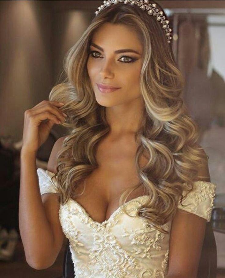 Wedding hair.   Pretty Woman Salon & Boutique   (618) 998-9139  